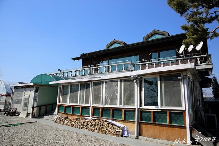 감나무집 건물 사진