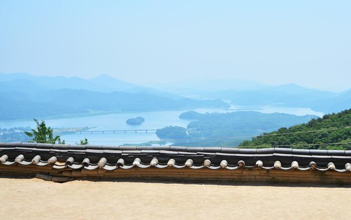 수종사에서 바라본 북한강 풍경