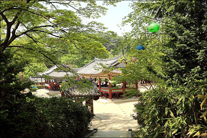 식당 주변 여행지인 신륵사