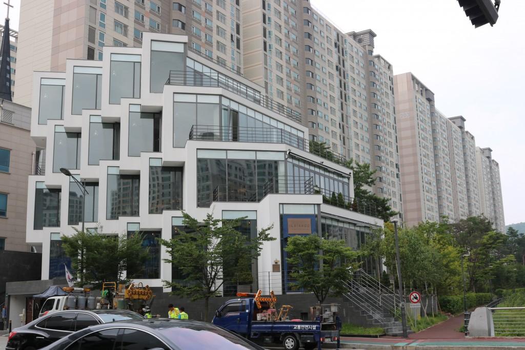 일비앙코 건물 모습