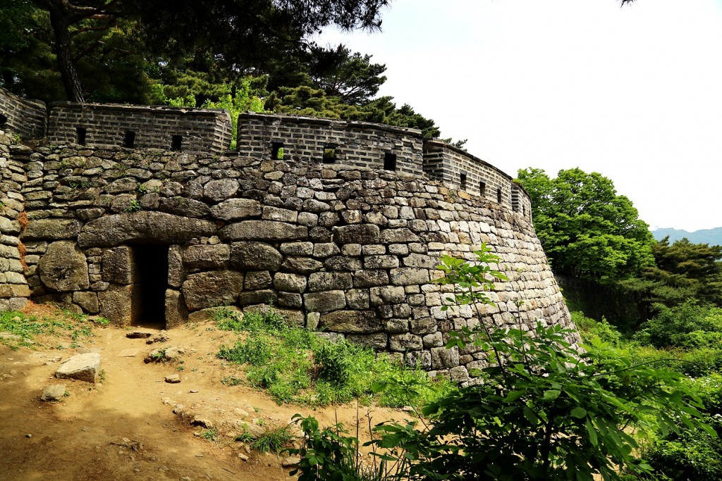 남한산성 돌담