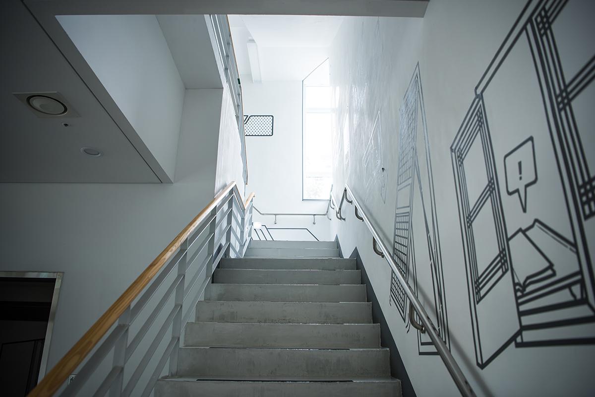 상설전시 3관 올라가는 계단