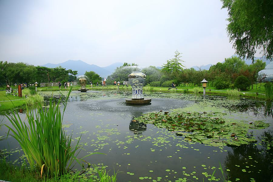 연못과 분수