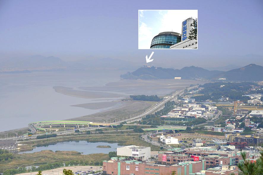 북한을 가까이 마주하고 있는 오두산 통일 전망대