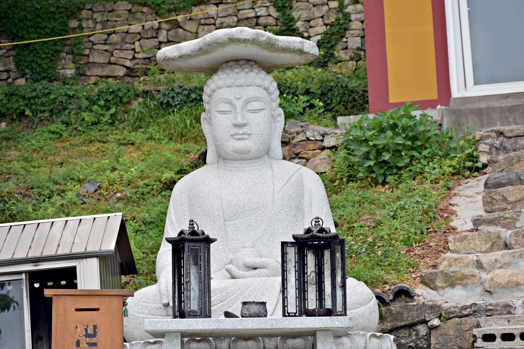 부처님 석상