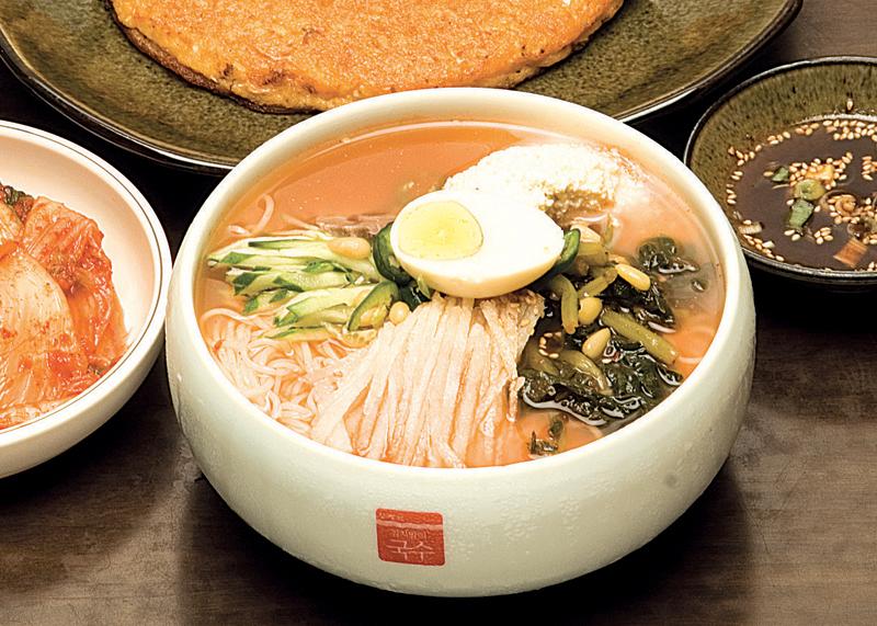 Ham Byeong-Hyeon Kimchimaliguksu 4