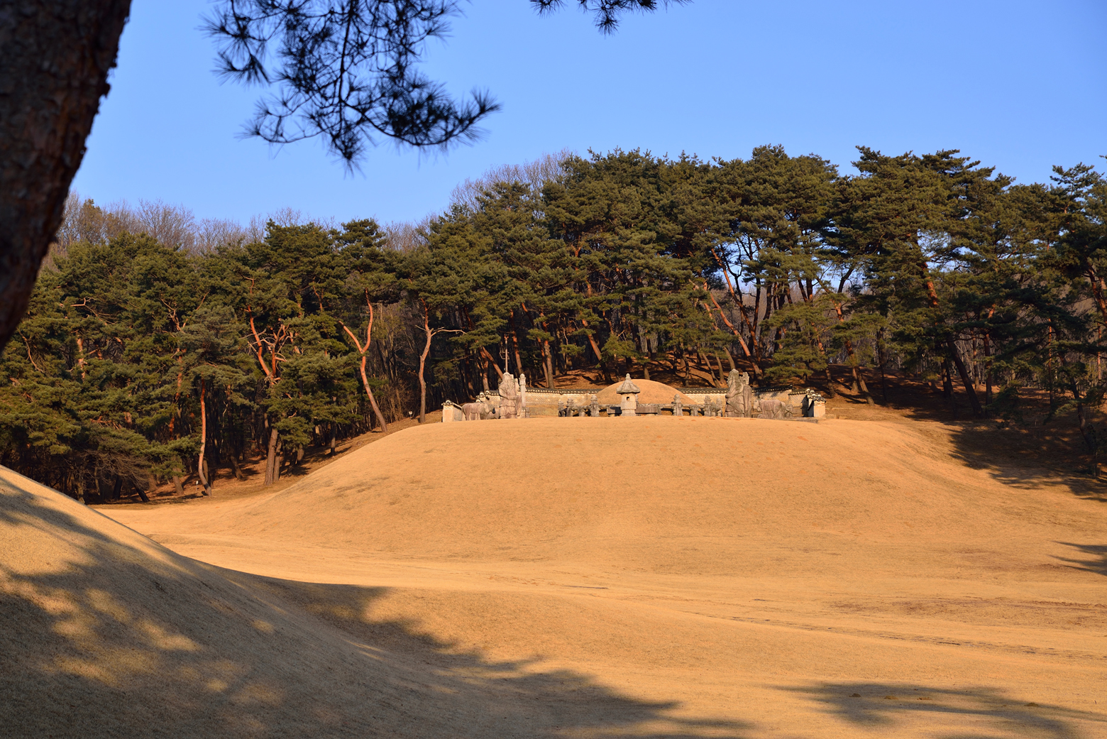 Royal Tombs of the Joseon Dynasty2