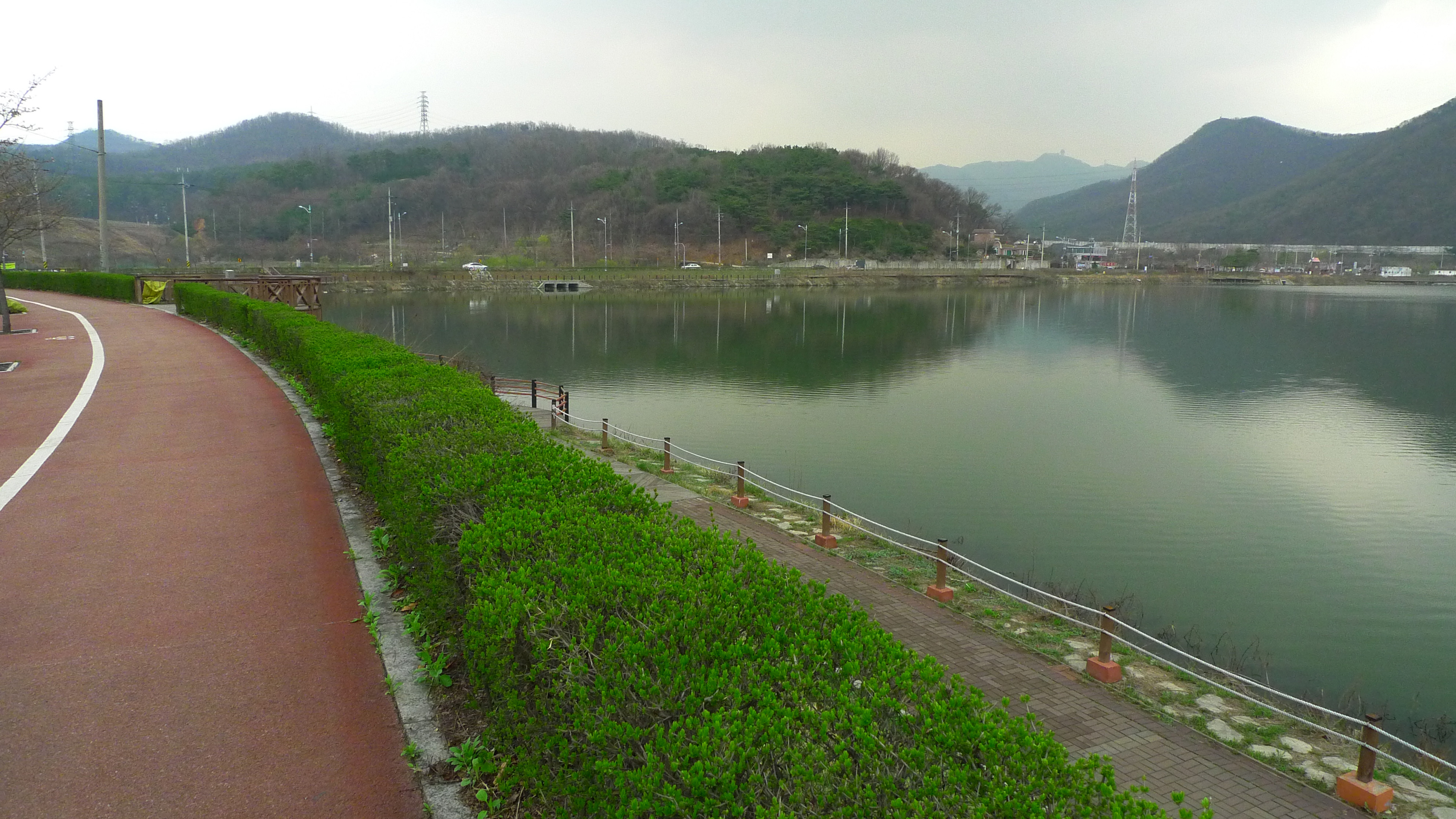 Banwol Lake