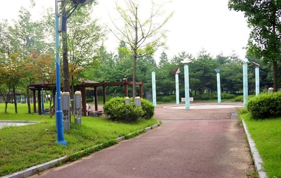 Airdrie Park2