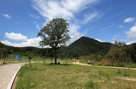 Yeoninsan Provincial Park