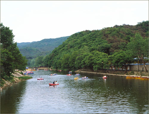 Dongmakgol Recreation Area