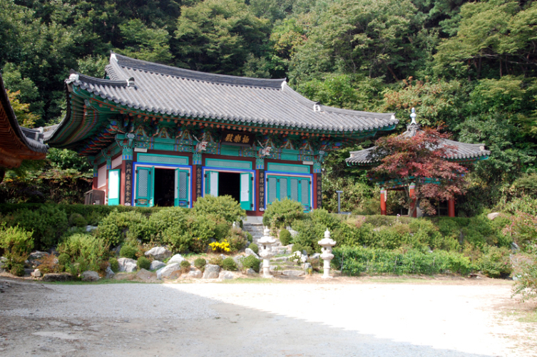 Heungwangsa Temple in Yeoju