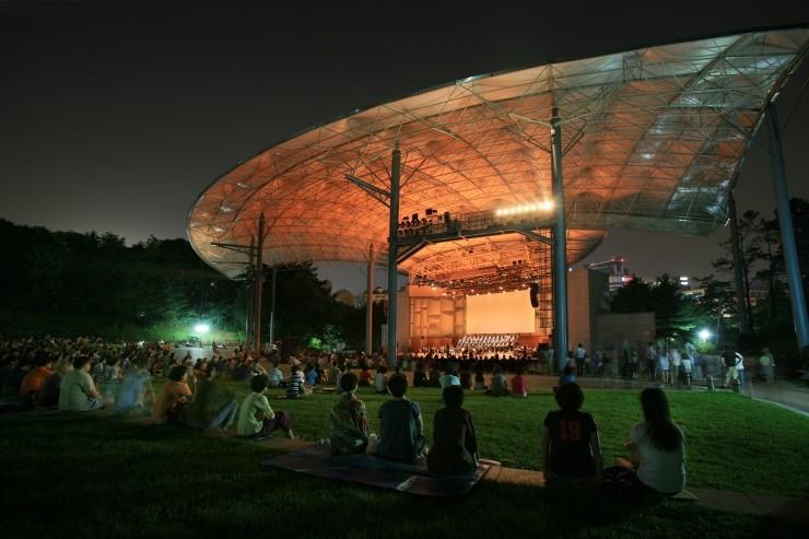城南(ソンナム)パークコンサート