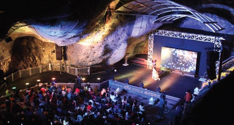 2015 洞窟夏祭り