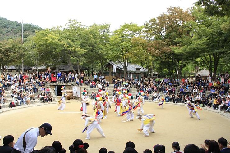 韓国民俗村・中秋の名月を楽しもう