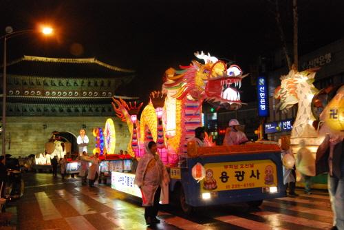 水原燃灯祭り