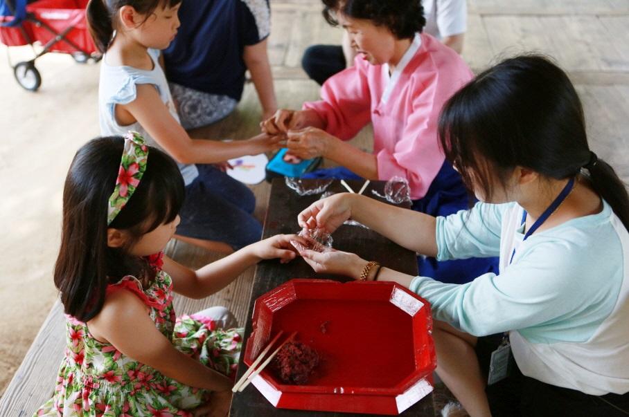 韓国民俗村「田舎の家の夏 」