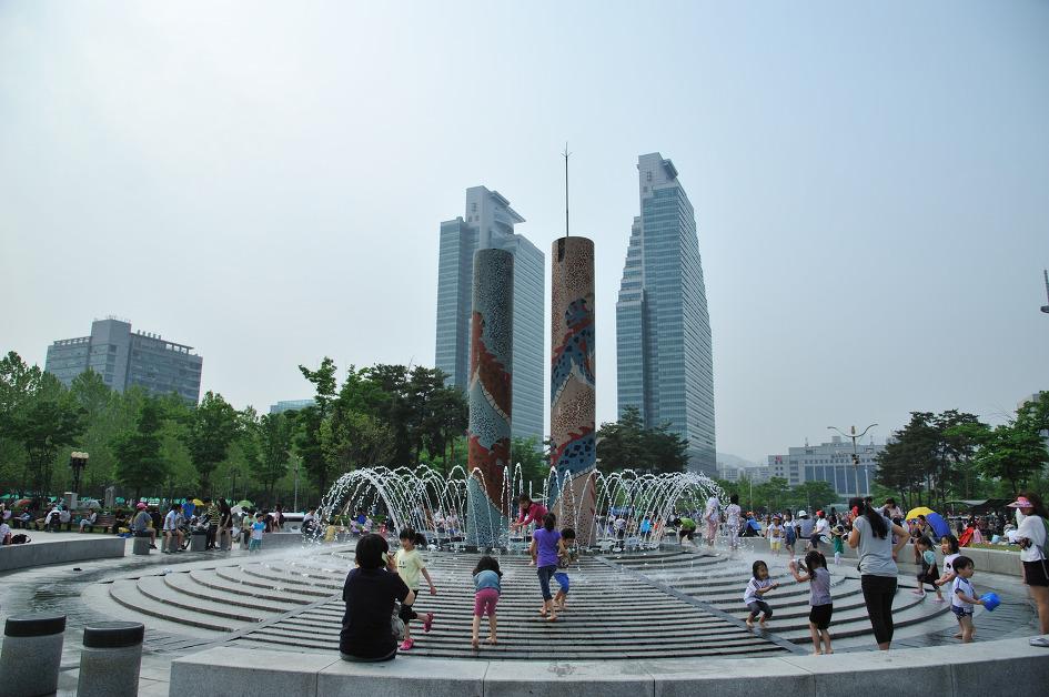 坪村中央公園