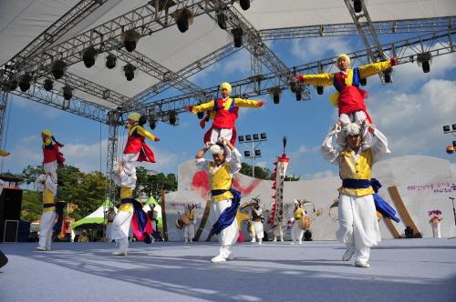安城「男寺党バウドギ祭り」