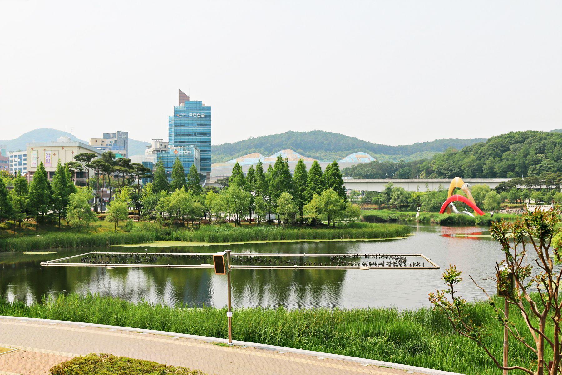 龍仁東栢湖公園