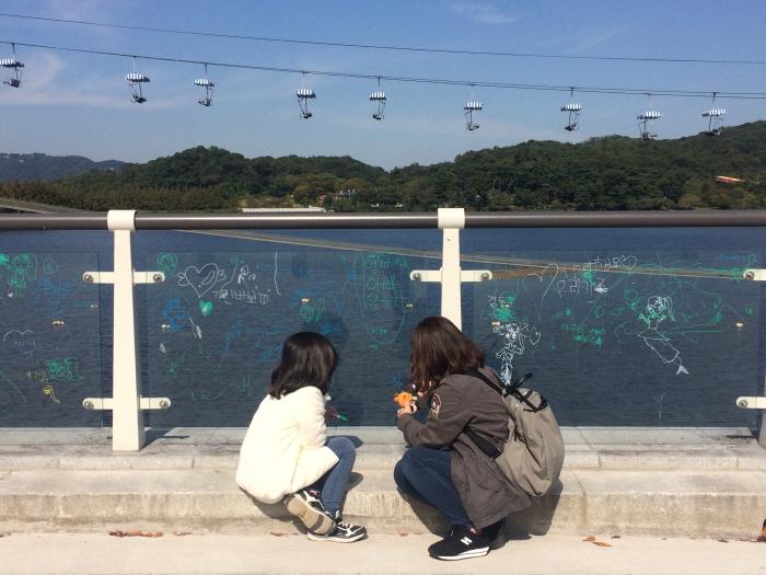 ソウル大公園秋祭り「動物園の中の美術館」
