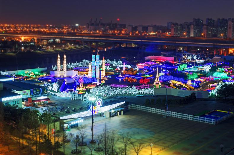 アインスワールド世界夜景ファンタジー光祭り