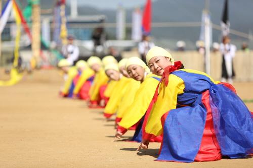 2015 韩国民俗艺术节及全国青少年民俗艺术节