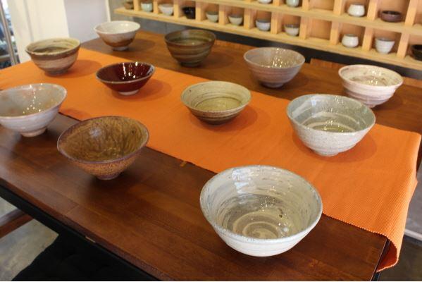 活用陶瓷的特色咖啡館 Cafe Layden(카페 레이든)