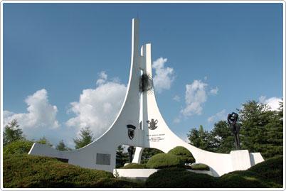 比利時‧盧森堡參戰碑(벨기에ㆍ룩셈부르크 참전비)